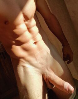 Muscles and a big dick